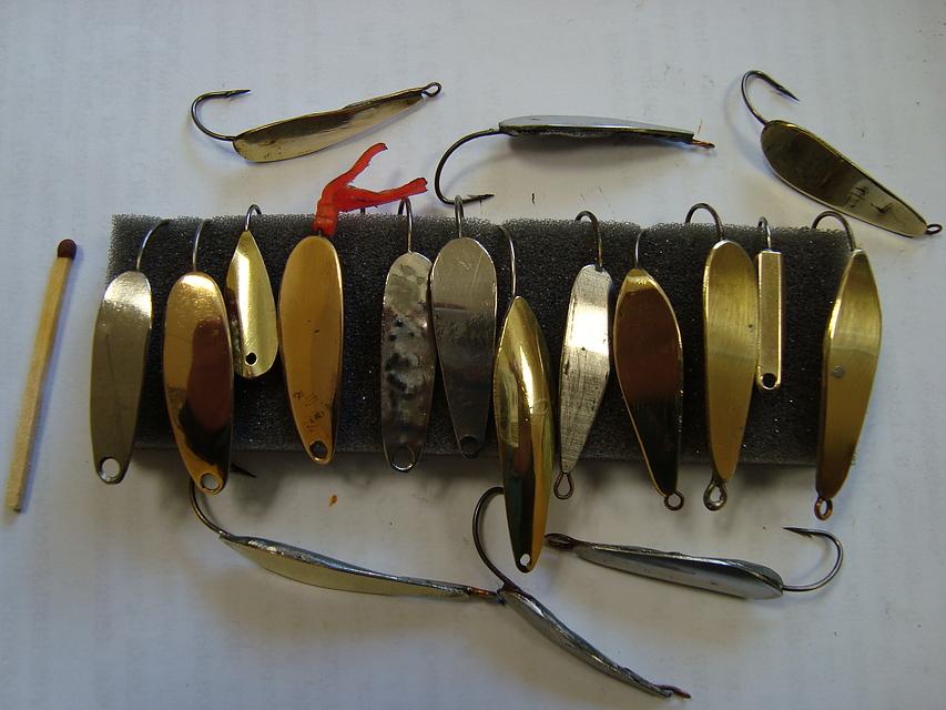 Зимняя блесна на окуня для зимней рыбалки своими руками