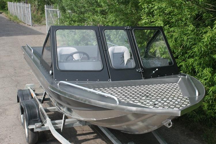 Алюминиевая лодка ТУМАН 510 11.jpg