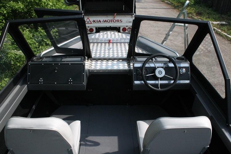 Алюминиевая лодка ТУМАН 510 24.jpg