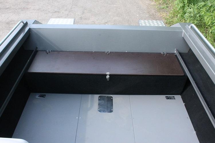 Алюминиевая лодка ТУМАН 510 30.jpg