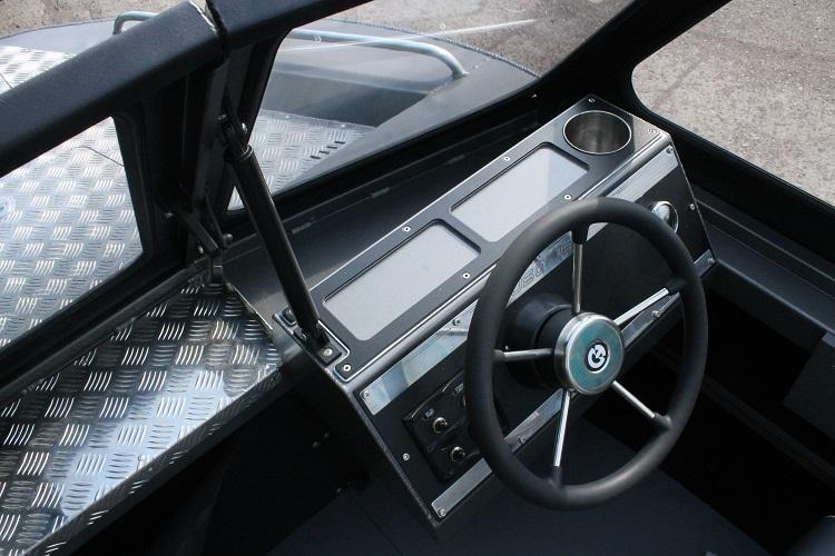 Алюминиевая лодка ТУМАН 510 40.jpg