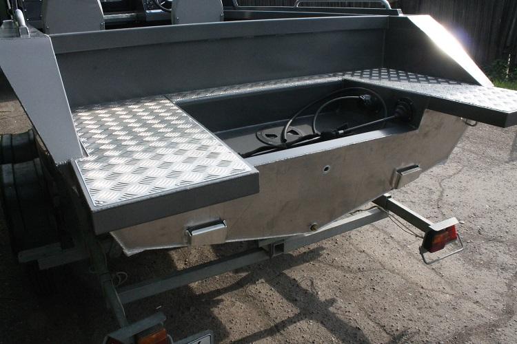Алюминиевая лодка ТУМАН 510 44.jpg