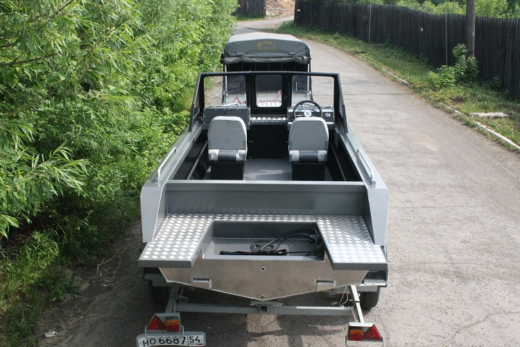 Алюминиевая лодка ТУМАН 510 8.jpg