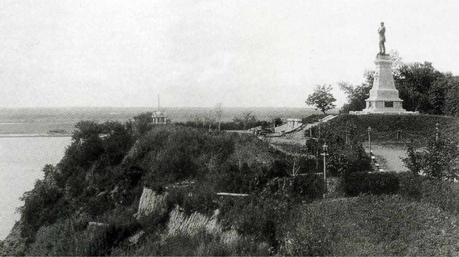 Утес-до 1907.jpg