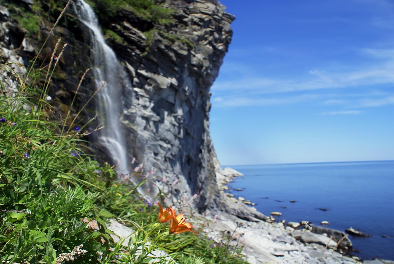 Водопад на острове Прокофьева1_новый размер.jpg